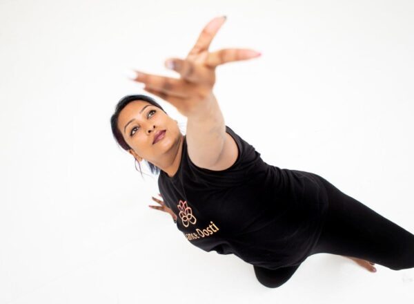 Dosti Dancer strikes a pose